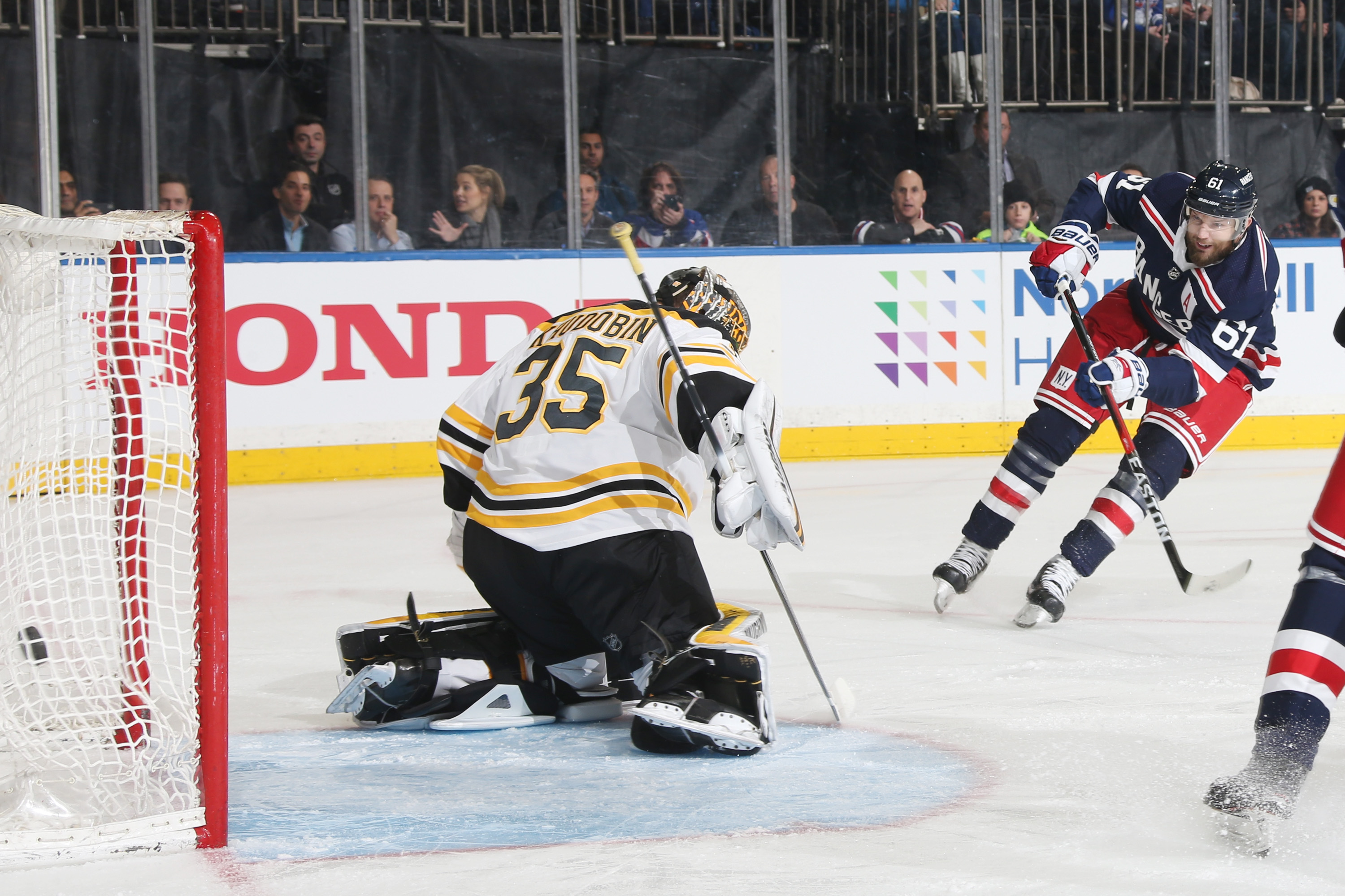 National Hockey League trade deadline: Bruins acquire Rick Nash from Rangers in blockbuster